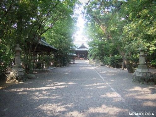 Sandō (参道)